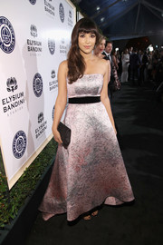 Hannah Simone exuded feminine elegance wearing this strapless pink jacquard gown by Monique Lhuillier at the Art of Elysium Heaven Gala.