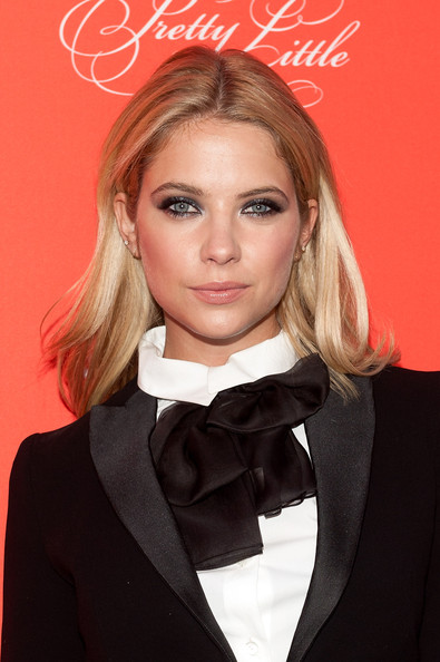 Ashley Benson Smoky Eyes [pretty little liars,hair,fashion model,beauty,human hair color,hairstyle,eyebrow,blond,chin,fashion,hair coloring,ashley benson,new york city,ziegfeld theater,season finale screening,season finale screening]
