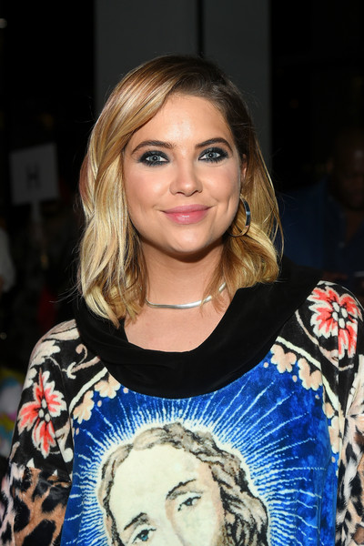 Ashley Benson Medium Wavy Cut [shows,hair,face,eyebrow,hairstyle,blond,beauty,chin,shoulder,lip,fashion,ashley benson,jeremy scott,front row,new york city,spring studios,new york fashion week,jeremy scott fashion show]