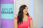 Ashley Graham left her hair loose with piecey waves during her 'Style Code Live' appearance.