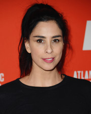 Sarah Silverman sported a casual ponytail at the Atlantic Theater Company 2019 Gala.