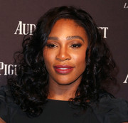 Serena Williams showed her ultra-feminine side with this curly 'do at the Audemars Piguet Rodeo Drive grand opening.