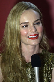 Kate Bosworth looked gorgeous with her red lips and pink cheeks at the Audi Fashion Festival.