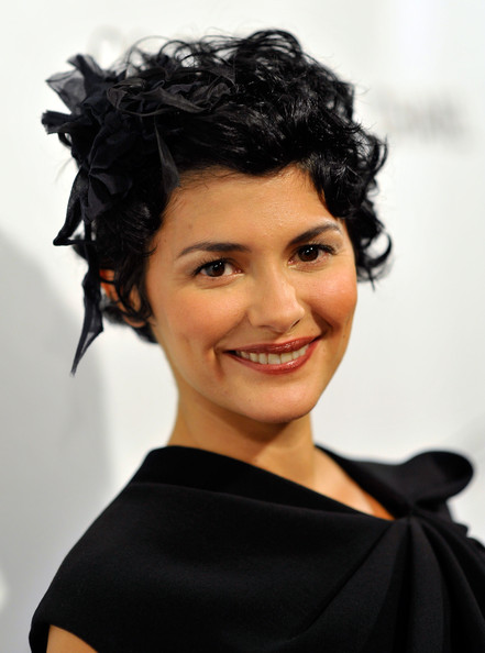 Audrey Tautou Short Curls [coco before chanel,hair,hairstyle,black hair,eyebrow,chin,beauty,smile,shoulder,forehead,human,arrivals,audrey tautou,california,los angeles,pacific design center,sony pictures classics,premiere,premiere]