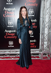 Julianne Nicholson went to the 'August: Osage County' NYC premiere wearing a plaid dress with a keyhole neckline.