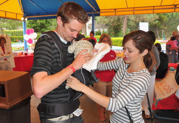 Britax And Baby Buggy Host Pre-Father's Day Mini Golf Open To Celebrate The Summer Launch Of The Britax Baby Carrier