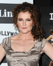 Rebecca Wisocky looked darling with her curly half-up 'do at the 'Devious Maids' screening.