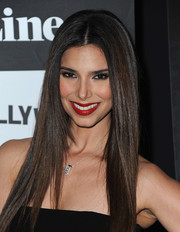 Roselyn Sanchez was sleekly styled with this long straight center-parted 'do at the 'Devious Maids' screening.
