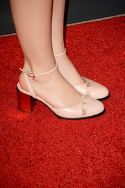 Kiernan Shipka chose a pair of '60s-chic chunky-heeled pink pumps for the BAFTA LA TV Tea.