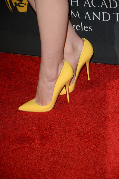 Michelle Dockery brought a bright pop of color to the BAFTA LA red carpet with these yellow pointy pumps.