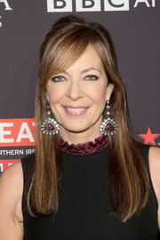 Allison Janney accessorized with an eye-catching pair of gemstone drop earrings by Amrapali.