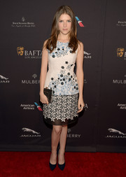 Anna Kendrick attended the BAFTA Los Angeles tea party wearing an Andrew Gn cocktail dress that featured a lovely burst of floral embroidery.