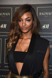 Jourdan Dunn was gorgeously coiffed with this side-parted wavy 'do at the Balmain x H&M collection launch.