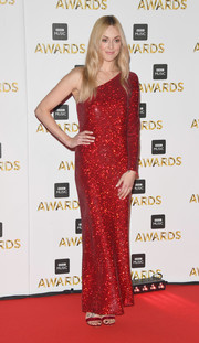 Fearne Cotton looked totally ready for the holidays in this sparkly red one-shoulder gown by Ashish when she attended the BBC Music Awards.