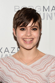 Sami Gayle looked as cute as ever wearing her signature pixie to the BCBG Max Azria fashion show.