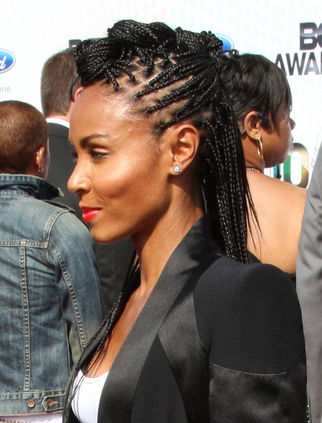 More Pics of Jada Pinkett Smith Long Braided Hairstyle (1 of 12) - Jada Pinkett Smith Lookbook - StyleBistro