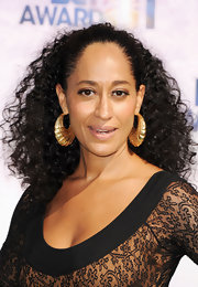 Tracee Ellis Ross wore her long curls in a stylish high ponytail at the BET Awards.