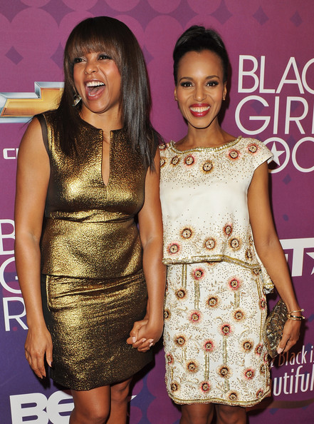 More Pics of Kerry Washington Classic Bun (1 of 9) - Kerry Washington Lookbook - StyleBistro