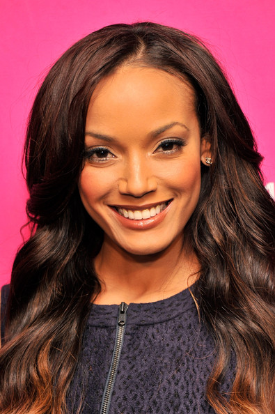 More Pics of Selita Ebanks Long Wavy Cut (1 of 13) - Selita Ebanks Lookbook - StyleBistro