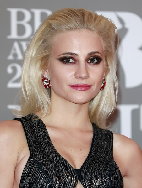 More Pics of Pixie Lott Gemstone Hoops (1 of 13) - Hoop Earrings Lookbook - StyleBistro [hair,face,blond,hairstyle,eyebrow,lip,chin,beauty,layered hair,long hair,red carpet arrivals,pixie lott,brit awards,england,london,the o2 arena]
