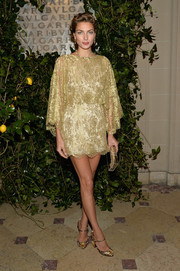 Jessica Hart complemented her dress with a pair of opulently embellished Mary Jane pumps.