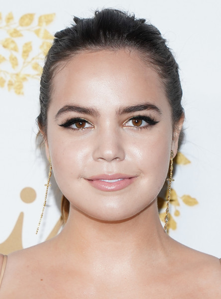Bailee Madison Ponytail [hallmark movies and mysteries - arrivals,face,hair,eyebrow,hairstyle,skin,forehead,chin,lip,cheek,beauty,bailee madison,pasadena,california,tournament house,hallmark channel,winter tca tour,hallmark movies and mysteries 2019 winter tca tour]
