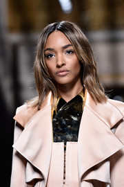 Jourdan Dunn wore her hair down to her shoulders with barely-there waves during the Balmain fashion show.