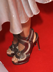 Sarah Jessica Parker showed off her shimmering metallic heels while attending the Bambi Awards.