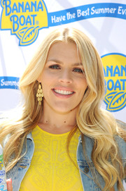 Busy Philipps added a touch of glamour to her casual look with a pair of gold chandelier earrings.