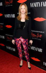 Judy Greer donned a black satin-lapel blazer for the Banana Republic L'Wren Scott collection launch.