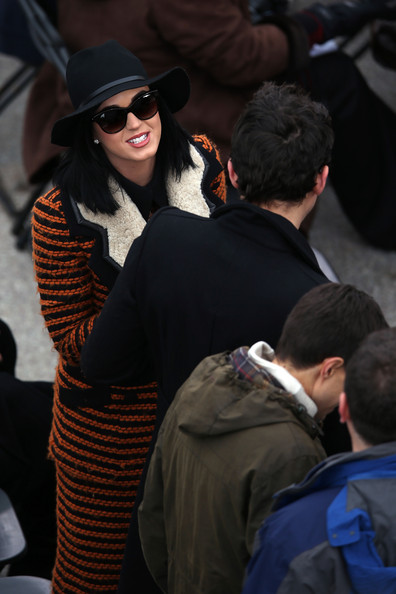 More Pics of Katy Perry Fedora (1 of 13) - Katy Perry Lookbook - StyleBistro
