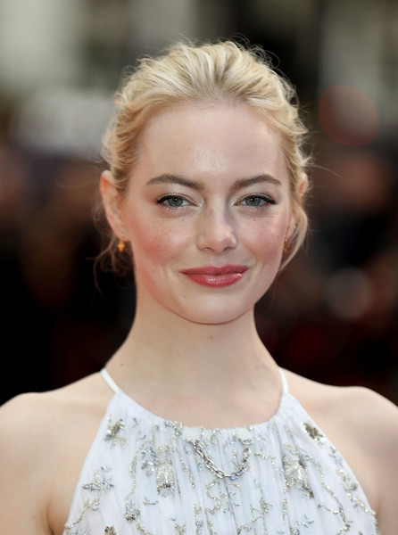 Emma Stone pulled her hair back into a loose bun for the European premiere of 'Battle of the Sexes.'