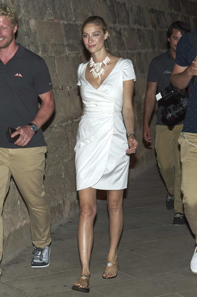Beatrice Borromeo Thong Sandals [copa del rey,beatrice borromeo,ses voltes,clothing,shoulder,dress,fashion,joint,leg,lady,cocktail dress,human body,knee,awards ceremony,mapfre sailing cup - awards ceremony,mapfre sailing cup,center,palma de mallorca,spain]
