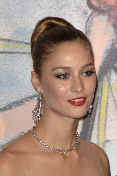 Beatrice Borromeo Classic Bun [hair,face,eyebrow,hairstyle,lip,chin,forehead,beauty,chignon,blond,beatrice borromeo,aid,rose ball,aid,monaco,sporting monte-carlo,princess grace foundation,rose ball 2014]