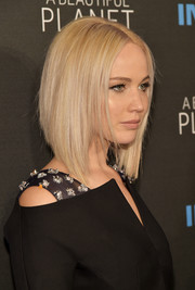 Jennifer Lawrence was fabulously coiffed with this sleek graduated bob for the New York premiere of 'A Beautiful Planet.'