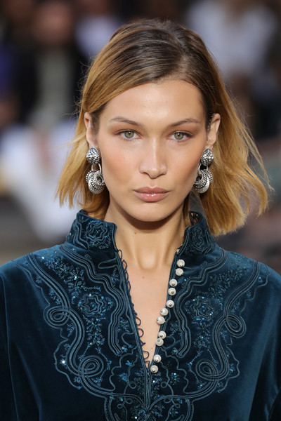 Bella Hadid Short Side Part [hair,face,hairstyle,fashion,eyebrow,fashion model,blond,lip,beauty,long hair,model,bella hadid,etro - runway,runway,milan,italy,etro,milan fashion week,show,milan fashion week spring]