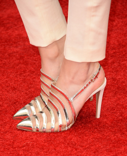 Bella Thorne Slingbacks