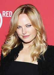 Malin Akerman wore her hair in shiny feathered waves at the Belvedere Red Pre-Grammy's Party.