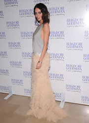 Nicole was a textured beauty in this two-tone evening dress at the Bergdorf Goodman anniversary celebration.