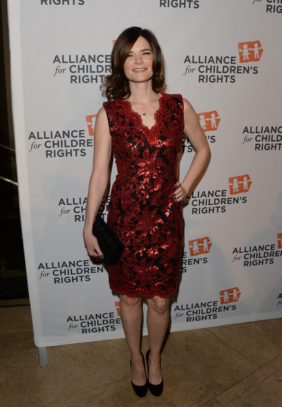 Betsy Brandt Clothes