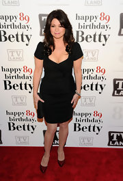 Valerie Bertinelli celebrated Betty White's 89th birthday in crimson patent pumps.