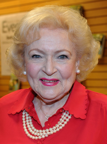 Betty White Curled Out Bob [betty friends: my life at the zoo,hair,face,eyebrow,chin,hairstyle,lip,blond,forehead,cheek,wrinkle,betty white,actress,copies,santa monica,california]
