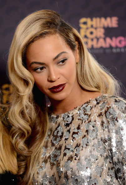 Beyonce Knowles Long Side Part