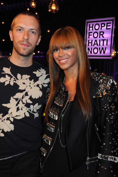 Photo of Chris Martin & his friend  Beyonce