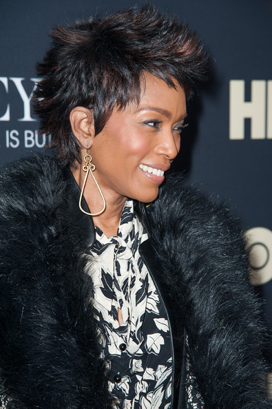 More Pics of Angela Bassett Fur Coat (1 of 7) - Angela Bassett Lookbook - StyleBistro
