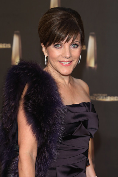Birgit Schrowange Loose Bun [hair,hairstyle,beauty,black hair,long hair,layered hair,dress,fur,brown hair,smile,red carpet arrivals,deutscher fernsehpreis,tv award,german,cologne,coloneum,birgit schrowange]
