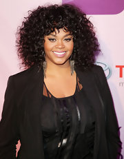 Jill Scott wore her gorgeous tresses with loads of volume and bounce at Black Girls Rock 2011. Her hair was ultra shiny and oh-so-pretty paired with muted shades of  makeup.