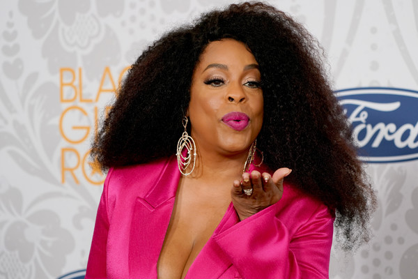 Niecy Nash sported her natural hair at Black Girls Rock 2019.
