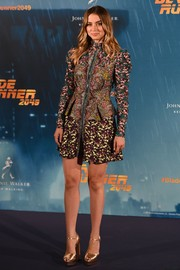 Ana de Armas sported an artful mix of prints with this Mary Katrantzou number at the 'Blade Runner 2049' Madrid photocall.