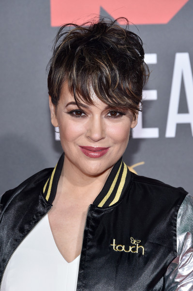 Alyssa Milano went tomboy-chic with this messy cut at the Bleacher Ball.